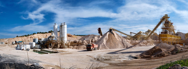 City Investors Circle Mining Review mining scene